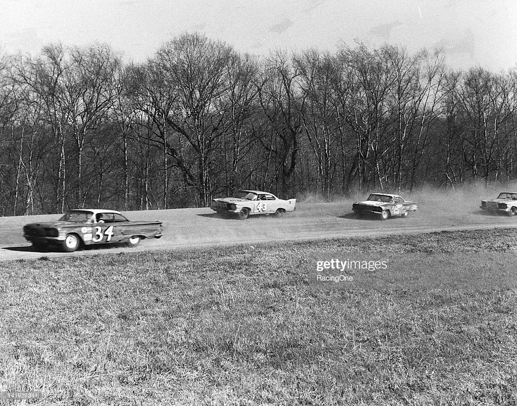 1961 NASCAR - Orange Speedway : ニュース写真