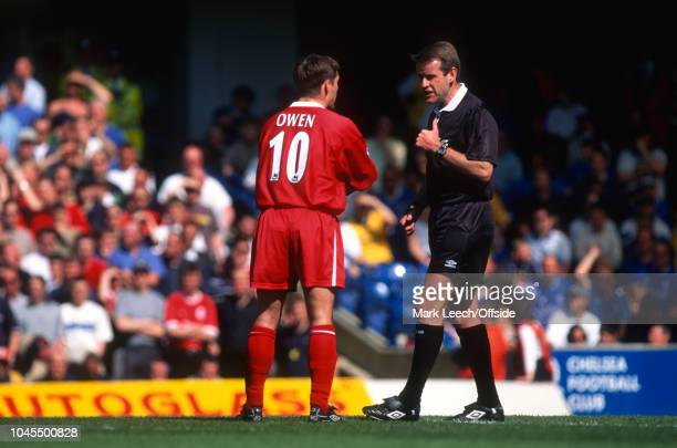 April 2000 - Premiership Football - Chelsea v Liverpool - Michael Owen of Liverpool in conversation with the referee - .