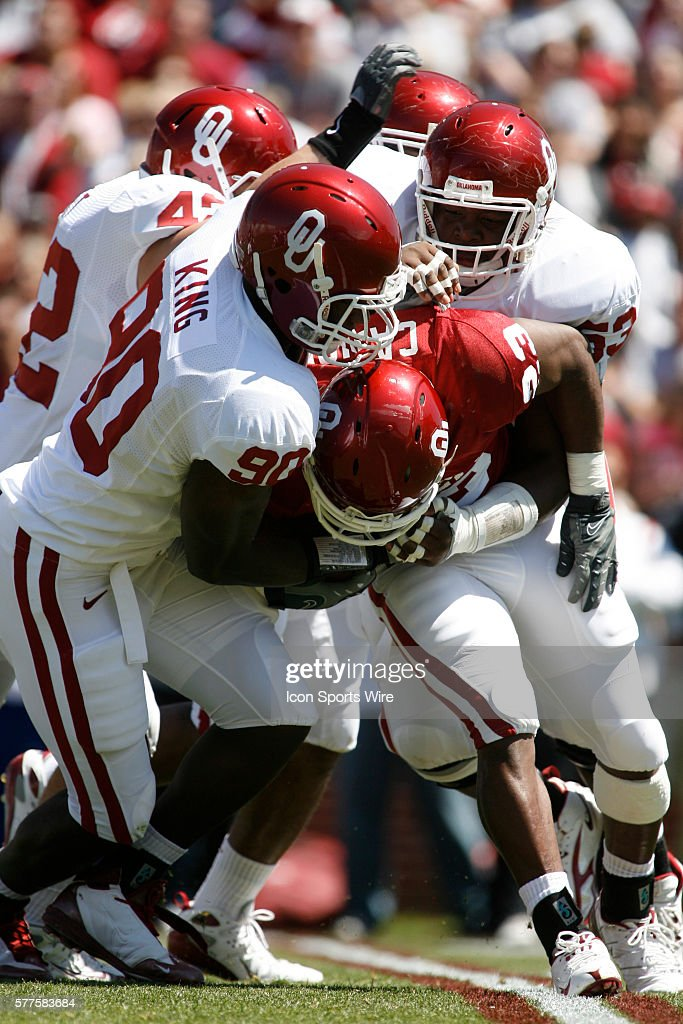 NCAA FOOTBALL: APR 11 University of Oklahoma Spring Red v White Game : News Photo