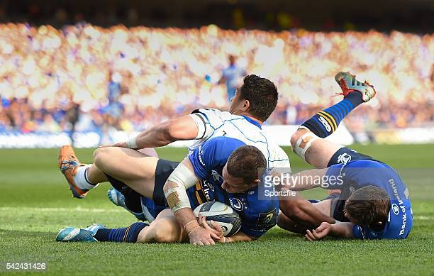 4 April 2015 Jimmy Gopperth Leinster touches down for a 5 metre dropout ahead of teammate Eoin Reddan and Bath's Alafoti Fa'osiliva European Rugby...
