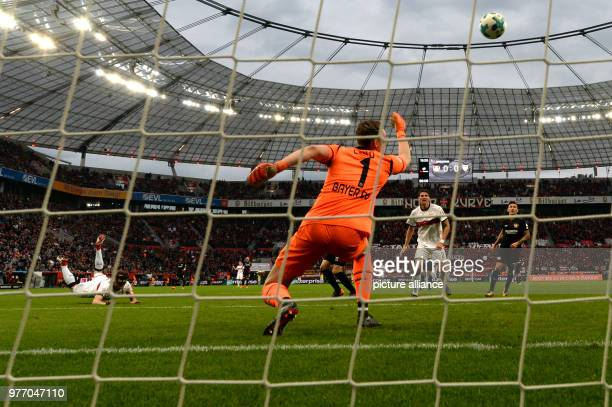 Soccer Bundesliga Bayer Leverkusen vs VfB Stuttgart in the BayArena Leverkusen's goalkeeper Bernd Leno can not save Stuttgart's Christian Gentner's...
