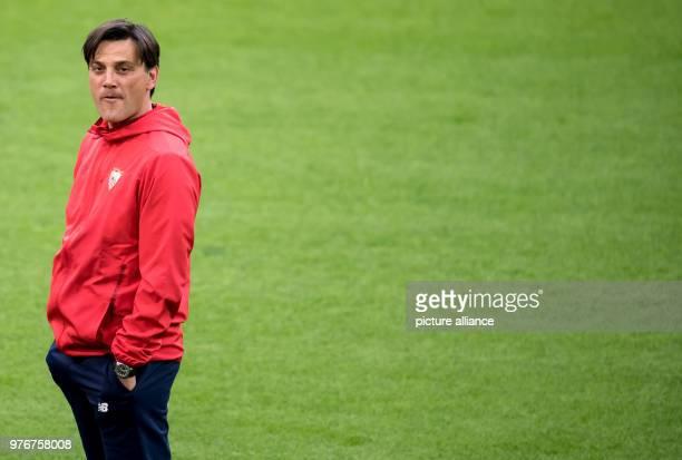 Soccer Champions League Bayern Munich vs FC Sevilla Final training of FC Sevilla at the Allianz Arena FC Sevilla's coach Vincenzo Montella leads the...