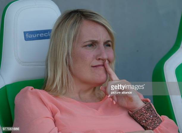 Soccer women's Champions League KO round semifinals home game VfL Wolfsburg vs LFC Chelsea in the AOK Stadium Chelsea head coach Emma Hayes ahead of...