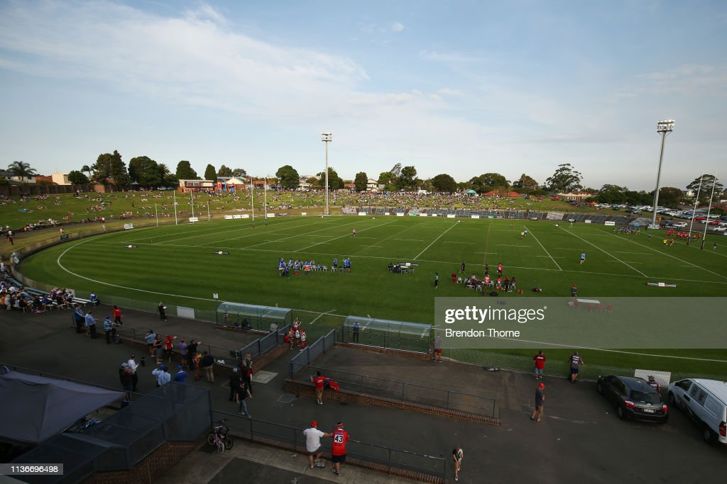 Anthony Albanese Announces Labor Commitment To Upgrade Henson Park : Nachrichtenfoto