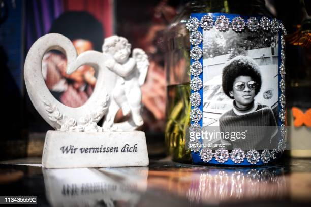 We miss me is written on a figure at the monument to Michael Jackson in front of the Bavarian Court Photo Sina Schuldt/dpa