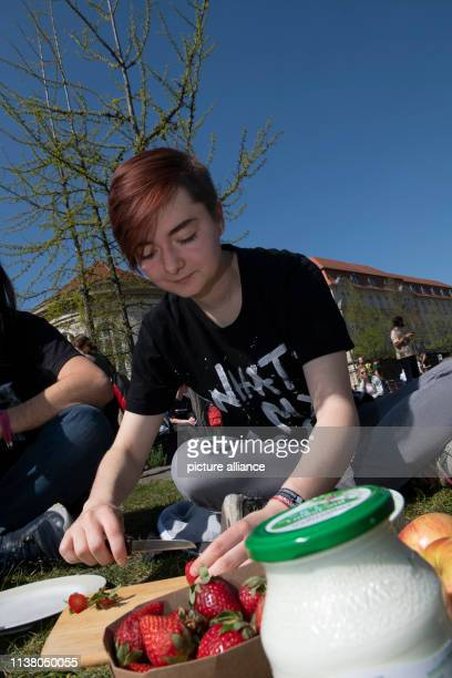 Jamie from Berlin nimmat takes part in an action under the motto Fridays for Future On the occasion of Good Friday the event was transformed into a...