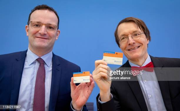 April 2019, Berlin: Jens Spahn , Federal Minister of Health, and Karl Lauterbach, Deputy Chairman of the SPD Parliamentary Group in the Bundestag and...