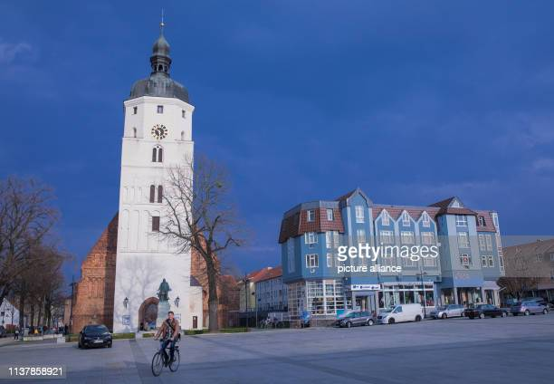 The PaulHerhardtKirche at the market place The city of Lübben has about 14000 inhabitants and is one of the tourist centres of the region due to its...