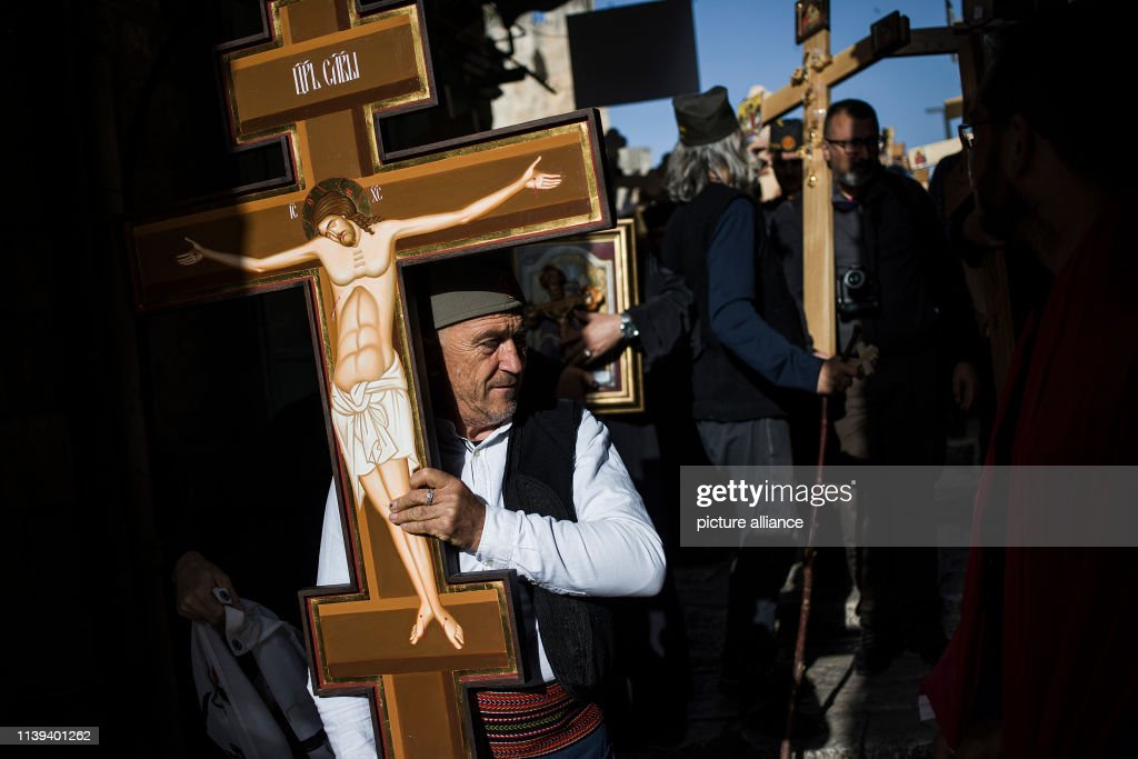 ISR: Orthodox Christian Good Friday Procession In Jerusalem