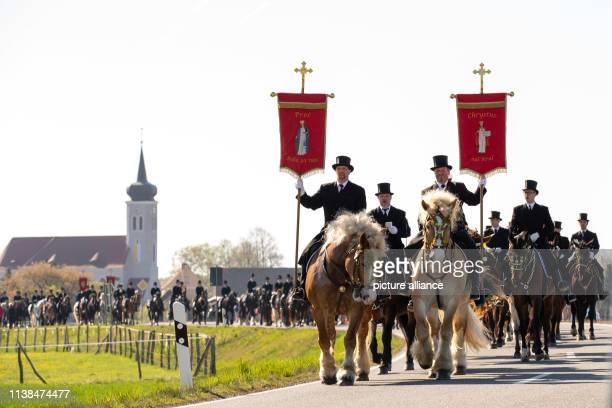Easter riders are moving out of the village On Easter Sunday more than 1500 horsemen on horseback go from village to village and proclaim the Easter...