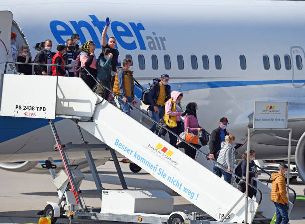 DEU: Planes Landed With Harvest Workers From Romania