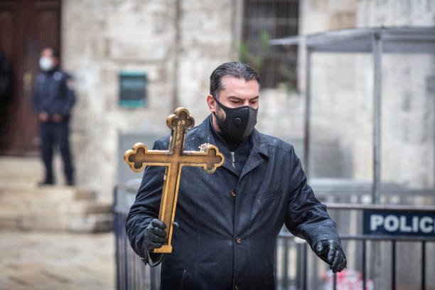 ISR: Good Friday Procession In Jerusalem