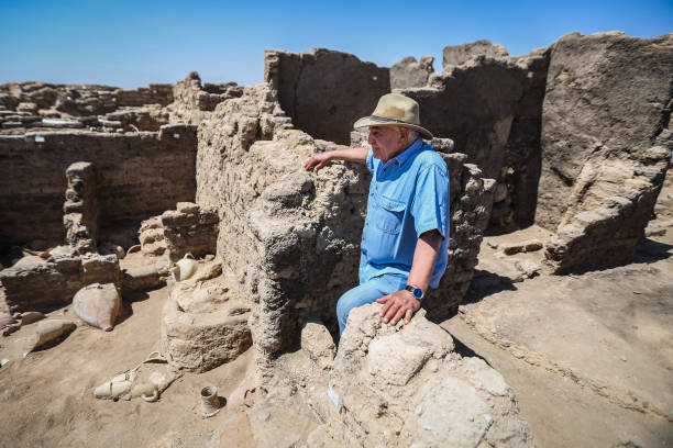 EGY: 3,000-Year-Old Lost City Discovered In Egypt