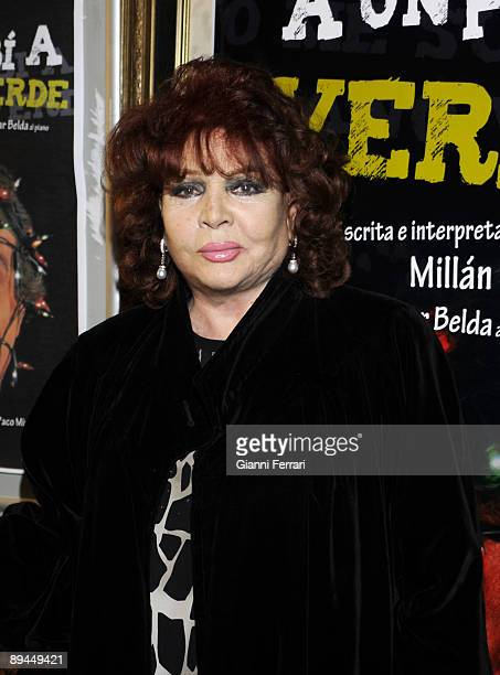 April 22 2008 Infanta Isabel Theater Madrid Spain Presentation of the spectacle 'Yo me subi a un piano verde' In the image Sara Montiel actress