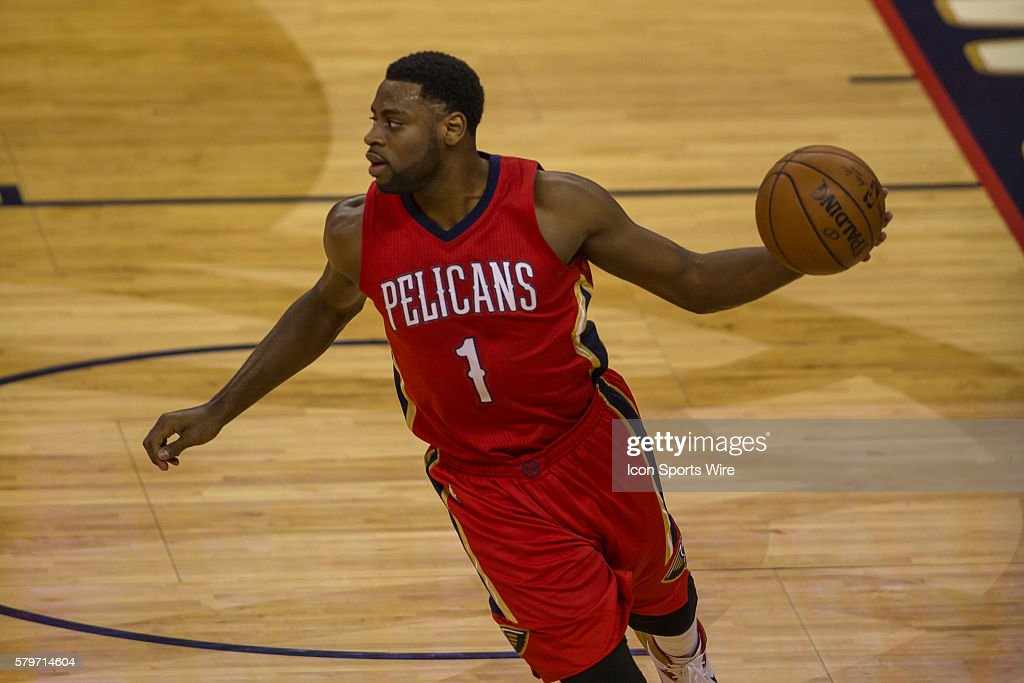 New Orleans Pelicans guard Tyreke Evans (1) during game 3 of the first round of the NBA Western Conference playoffs between the Golden State Warriors and the New Orleans Pelicans at Smoothie King Center in New Orleans, LA.