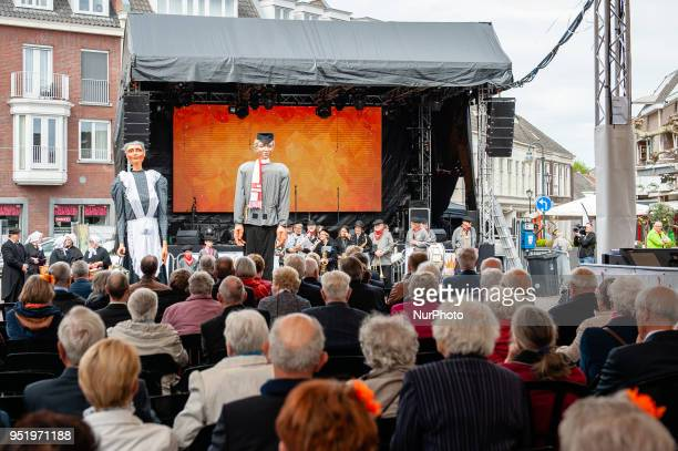 April 27th Boxtel Every King's Day the giant quotJas de Keistamperquot and his girlfriend the giantess quotHanne mi de moorquot appear at the market...