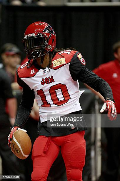 Jacksonville Sharks wide receiver/defensive back Terrance Smith warms up prior to the Orlando Predators and the Jacksonville Sharks game at...