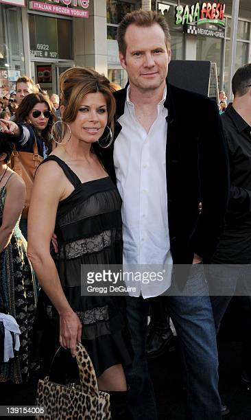 April 30 2009 Hollywood Ca Jack Coleman and wife Beth Toussaint Star Trek Los Angeles Premiere Held at Grauman's Chinese Theatre