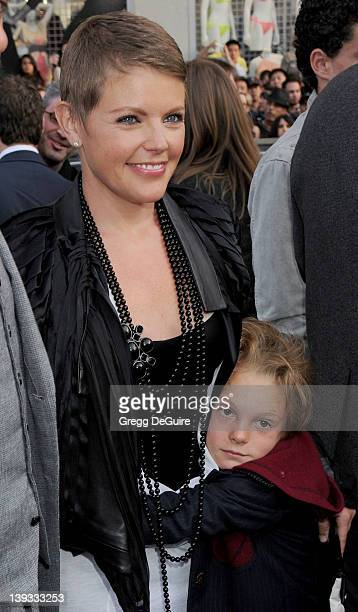 April 30 2009 Hollywood Ca Natalie Maines and son Jackson Slade Pasdar Star Trek Los Angeles Premiere Held at Grauman's Chinese Theatre