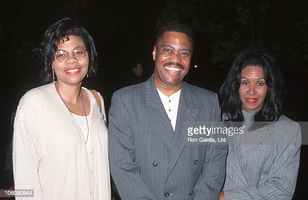 April Gooding Cuba Gooding and Shirley Gooding during Loosing Isiah Hollywood Premiere at Paramount Studios in Hollywood California United States