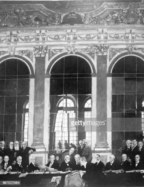 D'après un dessin de Sir William Orpen la signature du Traité de Versaille lors de la Première Guerre Mondiale le 28 juin 1919 France