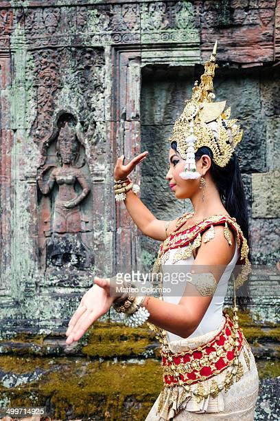 Apsara dancer performing, Angkor wat, Cambodia