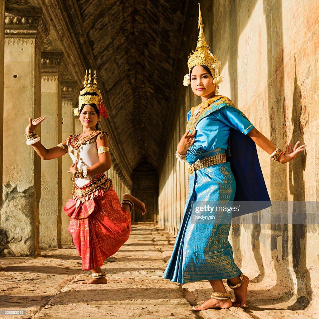 Apsara Dancers posing in Angkor Wat, Cambodia : Stock Photo