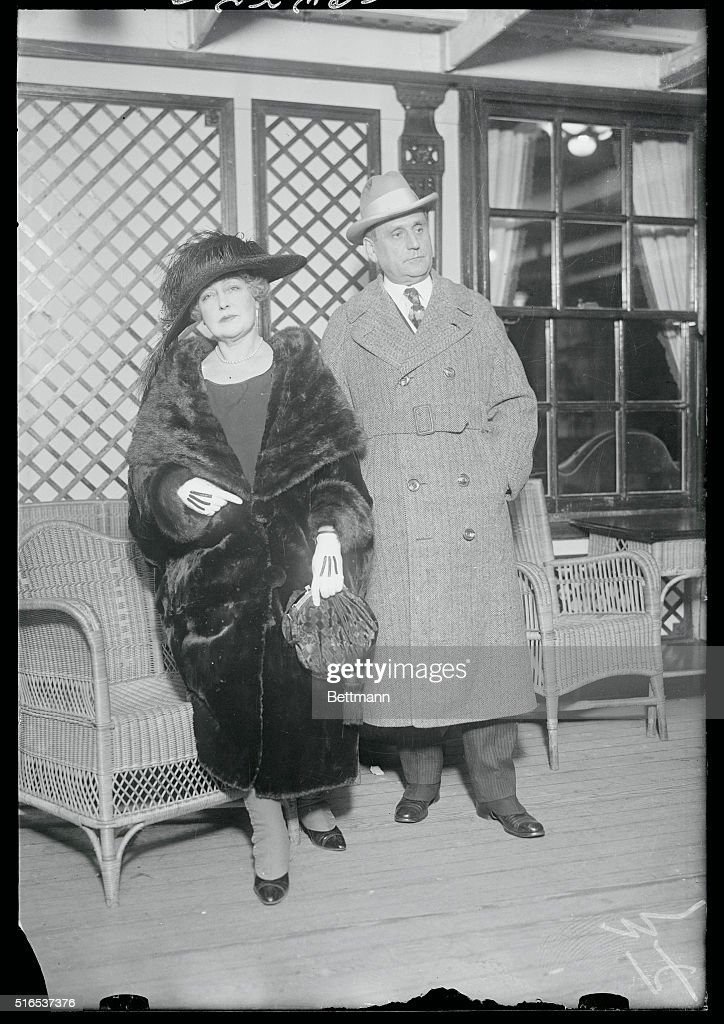 Portrait of Lillian Russell with Her Husband : News Photo