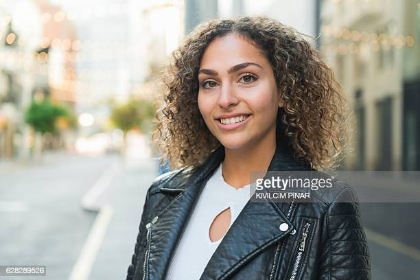arab american young woman - 20 29 years stock pictures, royalty-free photos & images
