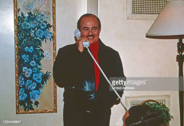 Arab business man Adnan Kashoggi while a phone call at New York, USA 1986.