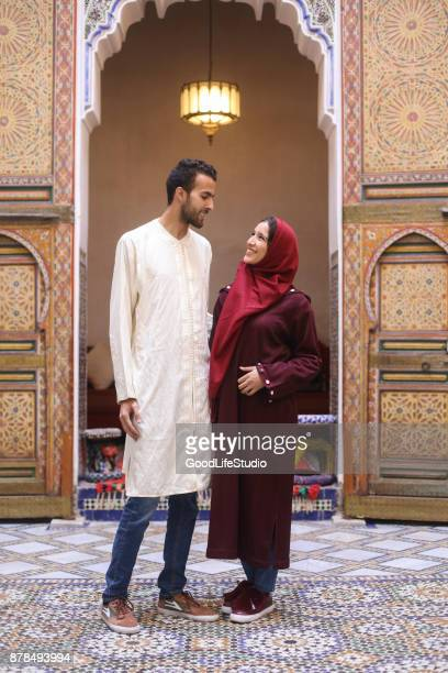 arab family - muslim couple stock pictures, royalty-free photos & images