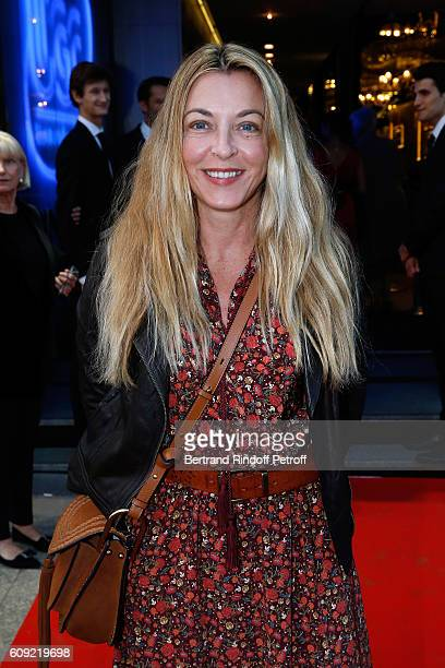 Arabelle ReilleMahdavi attends the 'Cezanne et Moi' movie Premiere to Benefit 'Claude Pompidou Foundation' Held at UGC Normandie in Paris on...