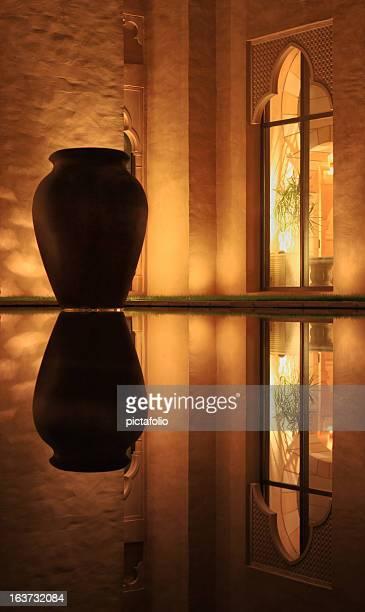 saudita arcitectural janela em arco - palácio - fotografias e filmes do acervo