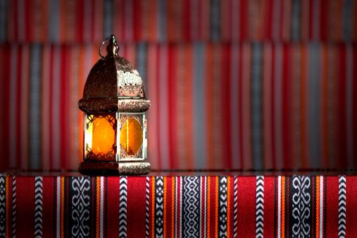 Arabian lamp 184341819