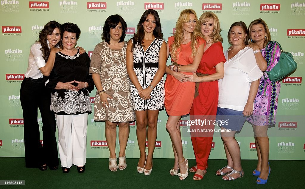 Arantxa del Sol and her mother, Lorena Bernal and her mother, Carolina Cerezuela and her mother, Maria Jose Gil, Caritina Goyanes and her mother Cari Lapique attend 'Pikolin Charity Matress' presentation at Santo Mauro on June 16, 2011 in Madrid, Spain.