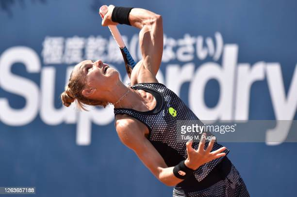 Arantxa Rus of Netherlands serves to Donna Vekic of Croatia during the 31st Palermo Ladies Open - Day One on August 03, 2020 in Palermo, Italy.