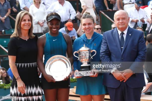 Arantxa Sanchez Vicario Losing Women Finalist Sloane Stephens and Winner of the Women Final Simona Halep and President of French Tennis Federation...