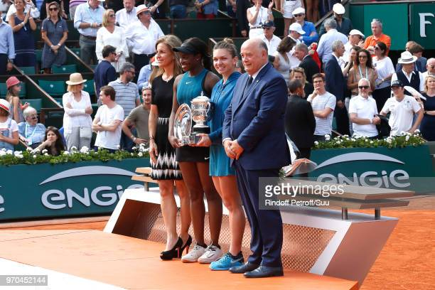 Arantxa Sanchez Vicario Losing Women Finalist Sloane Stephens and Winner of the Women Final Simona Halep and President of French Tennis Federation...
