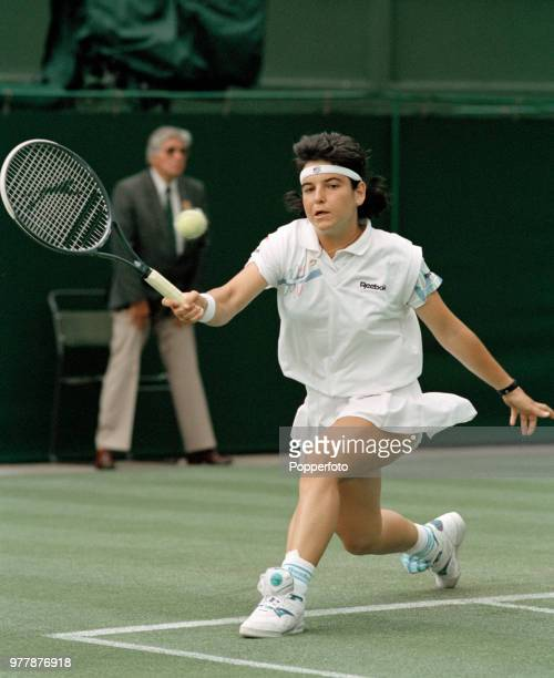 Arantxa Sanchez Vicario of Spain returns the ball against Julie Halard of France during the Ladies Singles second round on day three of the 1992...