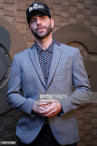 Arap Bethke poses for photos during HBO Latin America Red Carpet at Foro Indierocks on July 12 2016 in Mexico City Mexico