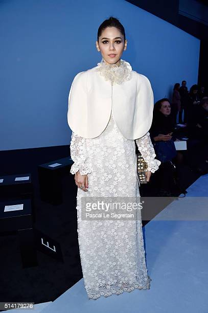 Araya A Hargate attends the Giambattista Valli show as part of the Paris Fashion Week Womenswear Fall/Winter 2016/2017 on March 7 2016 in Paris France