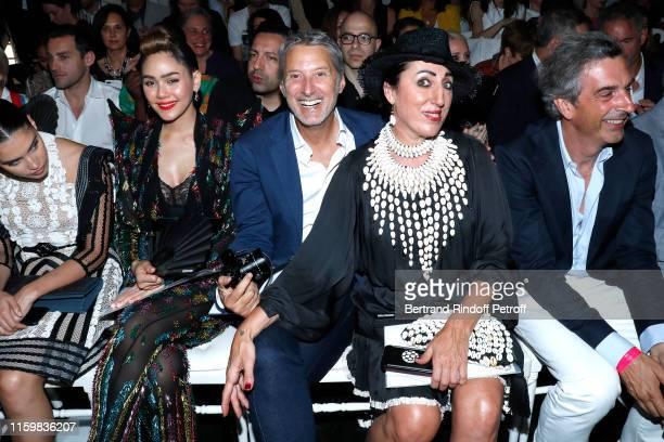 Araya Alberta Hargate Antoine de Caunes and Rossy de Palma attend the Jean Paul Gaultier Haute Couture Fall/Winter 2019 2020 show as part of Paris...