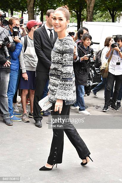 Araya Alberta Hargate attends the Chanel Haute Couture Fall/Winter 20162017 show as part of Paris Fashion Week on July 5 2016 in Paris France
