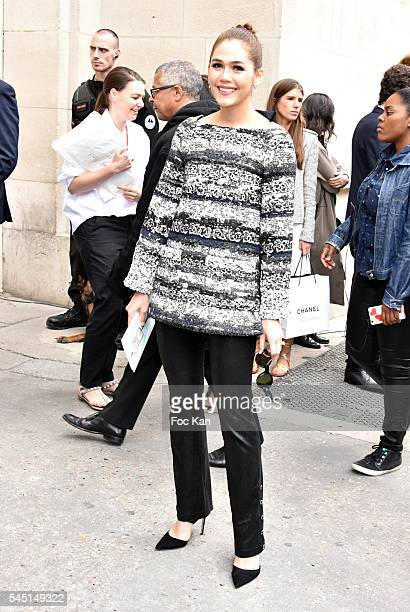 Araya Alberta Hargate attends the Chanel show during Paris Fashion Week Haute Couture Fall/Winter 20162017 on July 5 2016 in Paris France