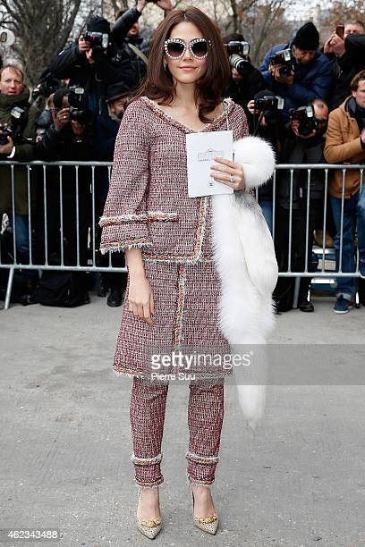 Araya Hargate attends the Chanel show as part of Paris Fashion Week Haute Couture Spring/Summer 2015 on January 27 2015 in Paris France