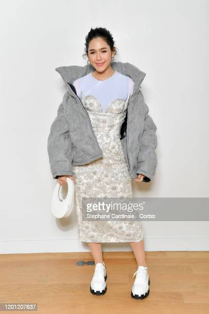 Araya Hargate attends the Elie Saab Haute Couture Spring/Summer 2020 show as part of Paris Fashion Week on January 22 2020 in Paris France