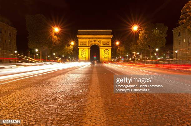 arc de triomphe - car alarm stock photos and pictures
