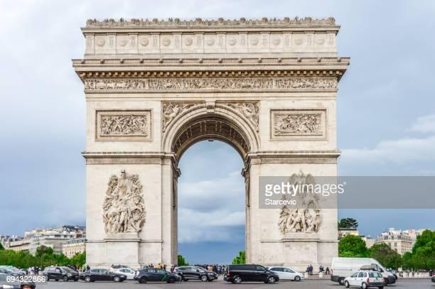 arc de triumphe - paris, france - triumphal arch stock photos and pictures