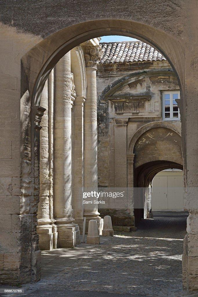 Arcade and colonnade, Villeneuve les Avignon : Stock Photo