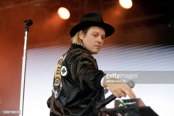 Arcade Fire 'The Reflektor Tapes'Tour Arcade Fire betehen aus dem Ehepaar Win Butler und Régine Chassagne Tim Kingsbury Richard Reed Parry Will...